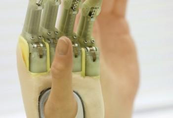 Touch-Bio-Hand1